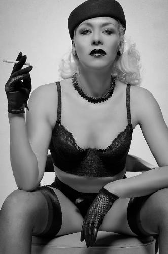 Kuenstleragentur-Berlin-Burlesque-HeldIn-109-8-Heroine-Artists