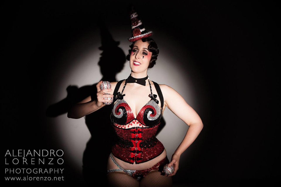 Kuenstleragentur-Berlin-Burlesque-HeldIn-135-1-Heroine-Artists