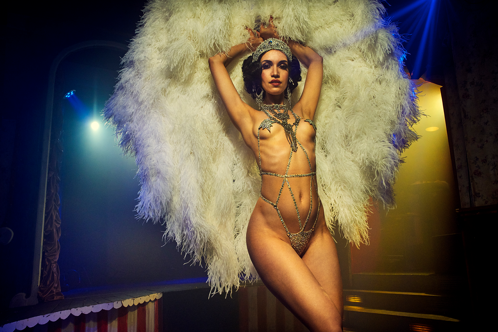 Künstleragentur-Burlesque-HeldIn-101-Subhead-Bild-4-Sedcard-Heroine-Artists