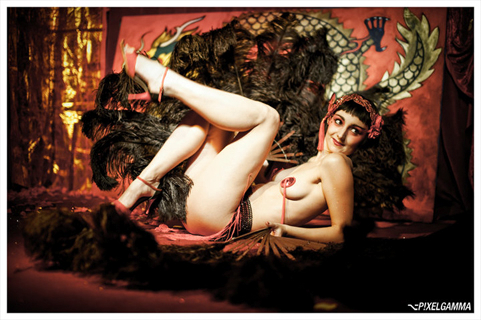 Kuenstleragentur-Berlin-Burlesque-HeldIn-118-09-Heroine-Artists