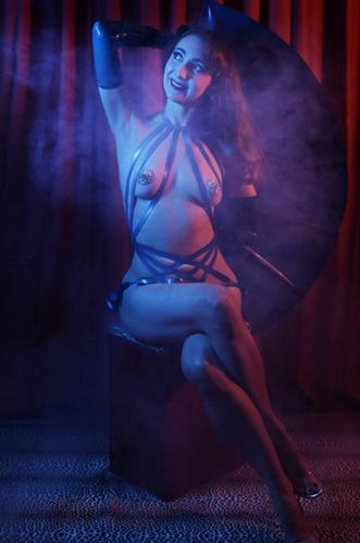 Kuenstleragentur-Berlin-Burlesque-HeldIn-118-11-Heroine-Artists