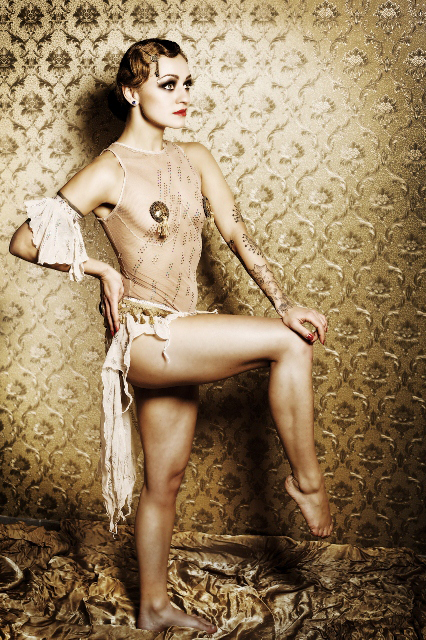 Kuenstleragentur-Berlin-Burlesque-HeldIn-120-13-Heroine-Artists