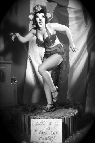 Kuenstleragentur-Berlin-Burlesque-HeldIn-145-08-Heroine-Artists