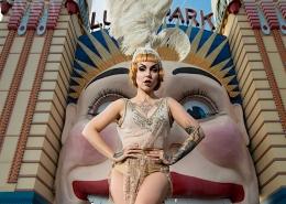Künstleragentur-Burlesque-Sideshow-Heldin-509-1-Bild-Sedcard-Heroine-Artists
