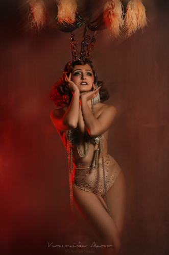 Kuenstleragentur-Berlin-Burlesque-HeldIn-134-8-Heroine-Artists