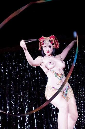 Kuenstleragentur-Berlin-Burlesque-HeldIn-146-12-Heroine-Artists